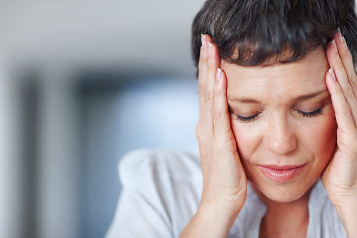 hormone-replacement-therapy-side-effects-headaches